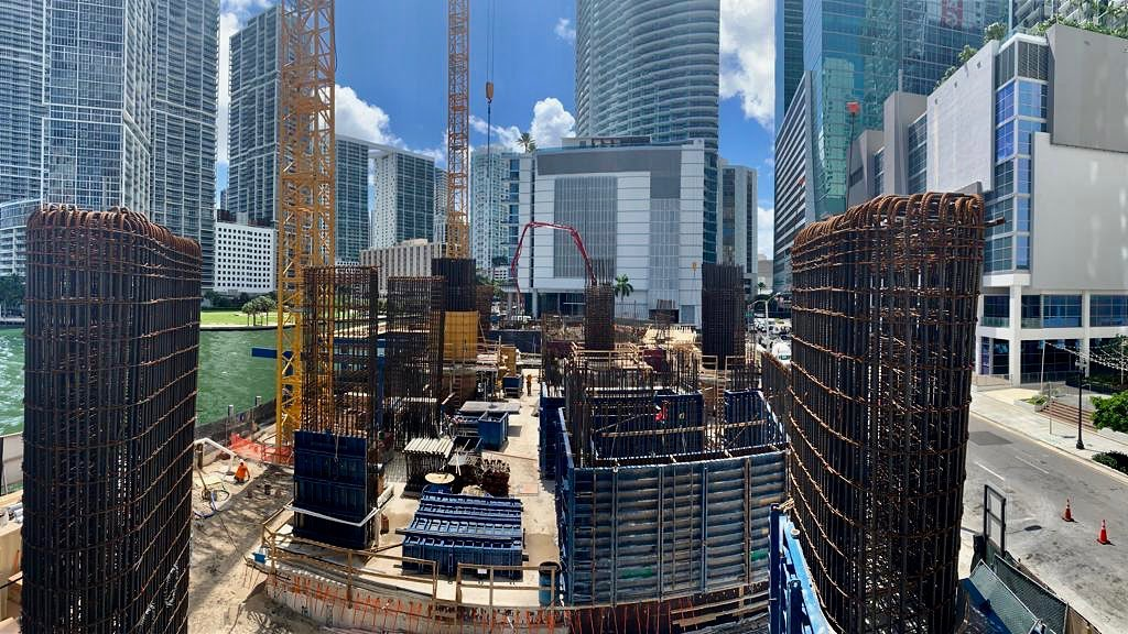PHOTOS: 66-STORY ASTON MARTIN RESIDENCES CONTINUES RISING, & NEW RENDERING RELEASED